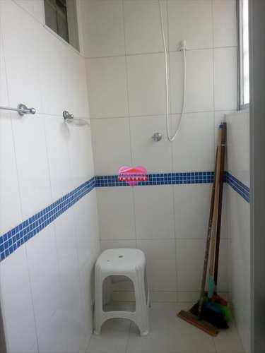 Apartamento, código 52 em São Vicente, bairro Boa Vista