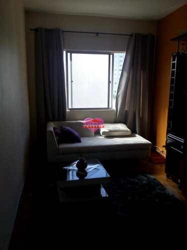 Apartamento, código 740 em São Vicente, bairro Centro