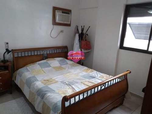 Apartamento, código 825 em São Vicente, bairro Centro