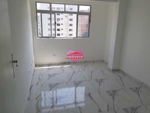 Apartamento, código 847 em São Vicente, bairro Centro