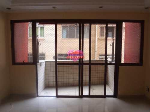 Apartamento, código 853 em São Vicente, bairro Centro
