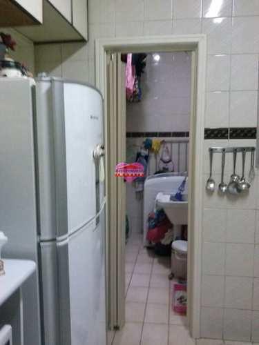 Apartamento, código 1077 em São Vicente, bairro Itararé