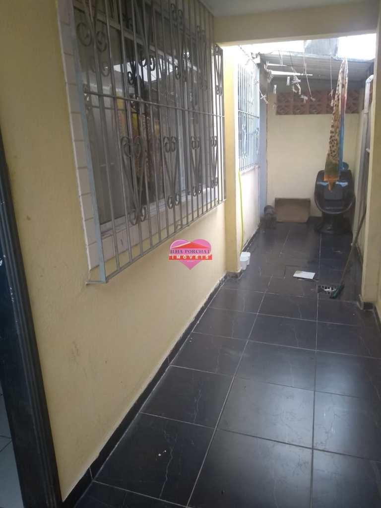 Sobrado em São Vicente, no bairro Cidade Naútica