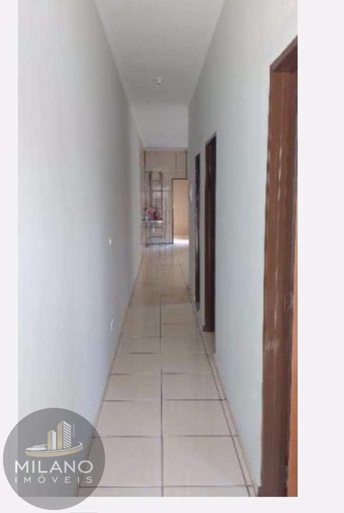 Casa em Três Lagoas, bairro São Jorge