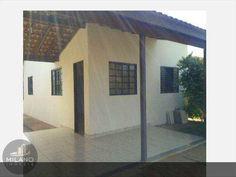 Casa em Três Lagoas, bairro Vila dos Ferroviários