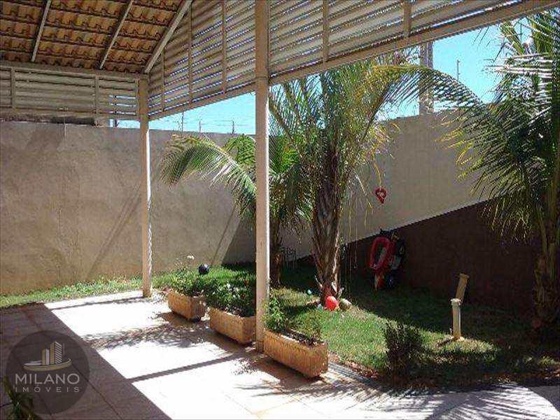 Casa em Três Lagoas, no bairro Jardim das Paineiras
