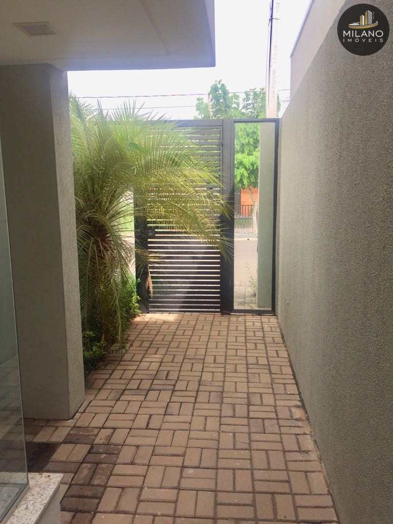 Casa de Condomínio em Três Lagoas, bairro Recanto das Palmeiras