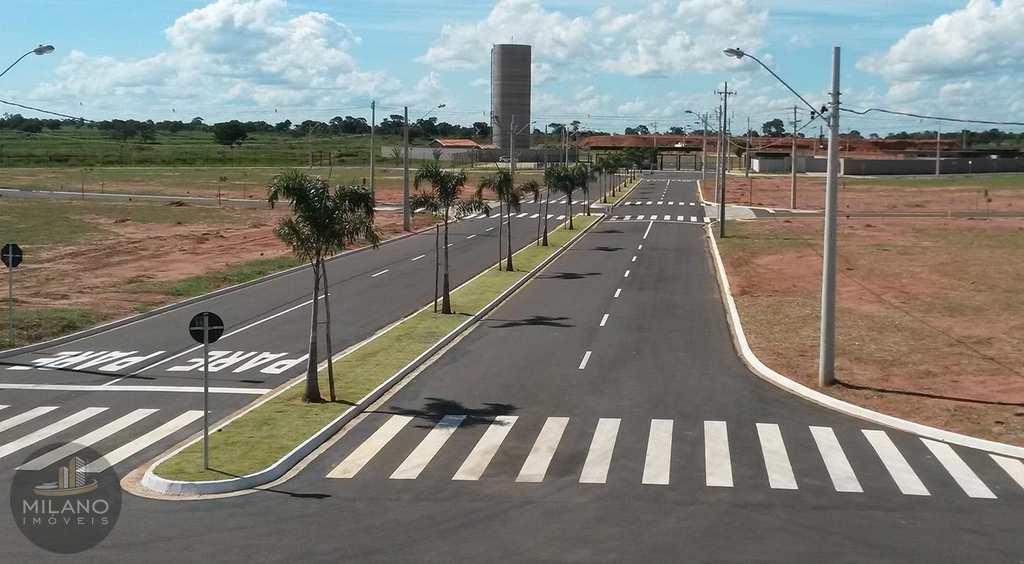 Terreno de Condomínio em Três Lagoas, bairro Residencial Villa Dumont