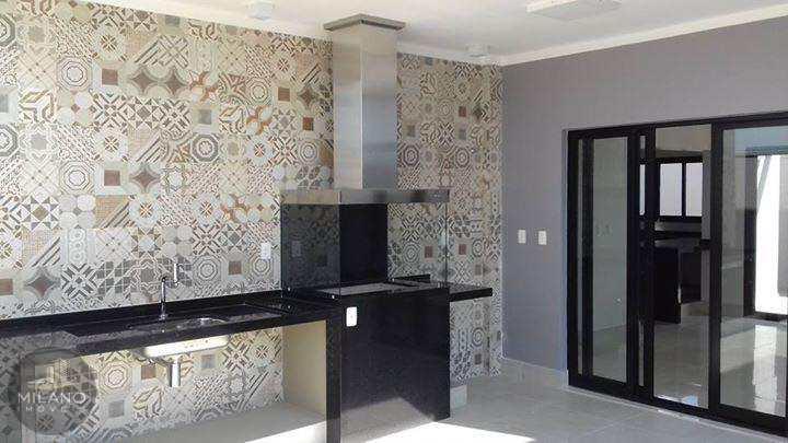 Casa de Condomínio em Três Lagoas, bairro Residencial Villa Dumont