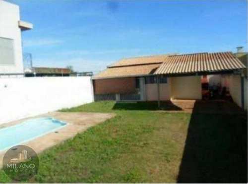 Casa, código 435 em Três Lagoas, bairro Ipê