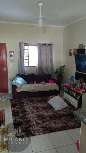 Casa, código 472 em Três Lagoas, bairro Setsul