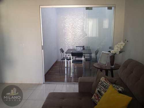 Casa, código 615 em Três Lagoas, bairro Nova Europa