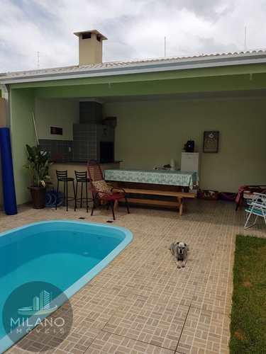 Casa, código 696 em Três Lagoas, bairro Ipê