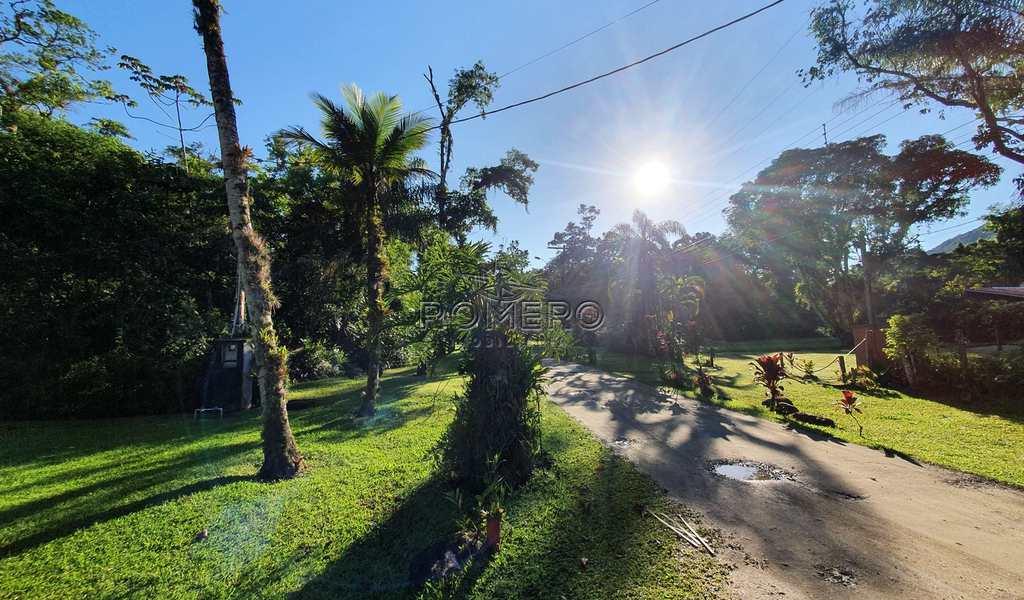 Terreno em Ubatuba, bairro Praia da Maranduba