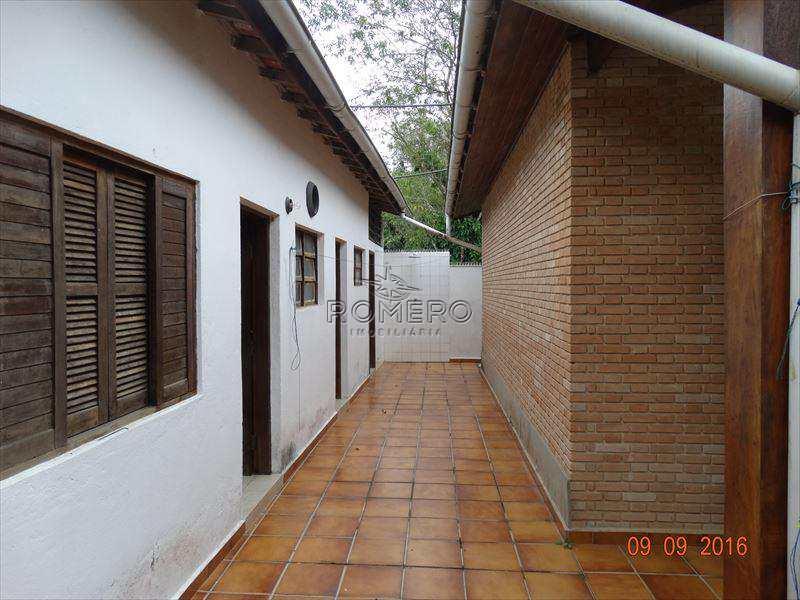Casa em Caraguatatuba, no bairro Tabatinga