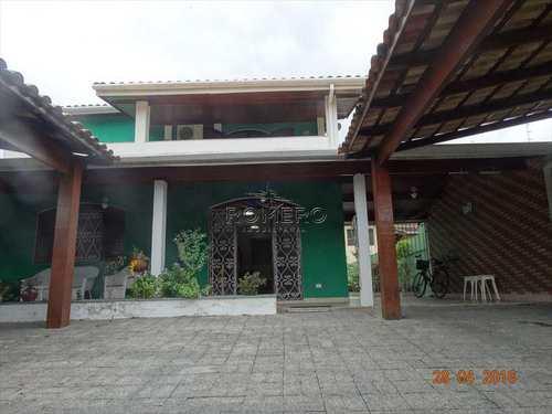 Casa, código 370 em Caraguatatuba, bairro Sumaré
