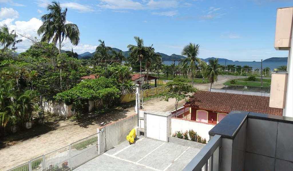Apartamento em Ubatuba, bairro Praia da Maranduba
