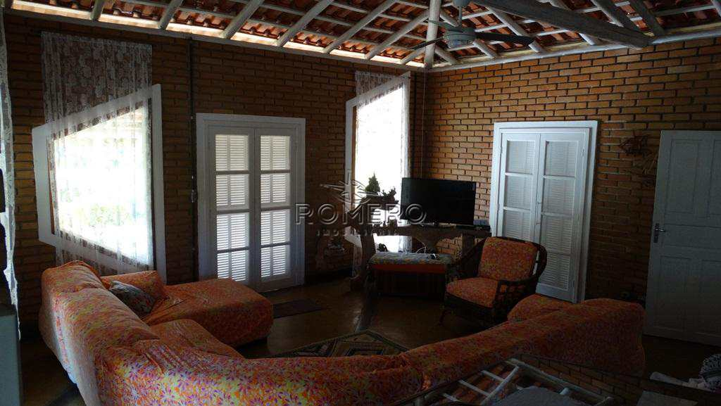 Casa em Caraguatatuba, no bairro Mar Verde II