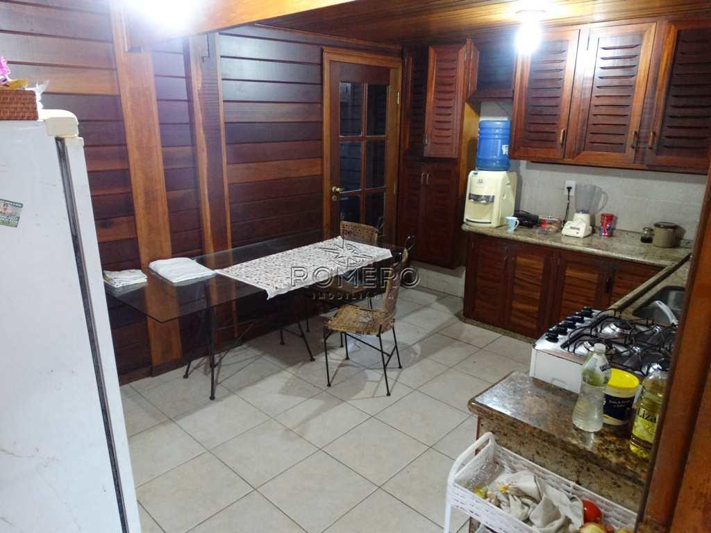 Casa em Caraguatatuba, no bairro Mar Verde