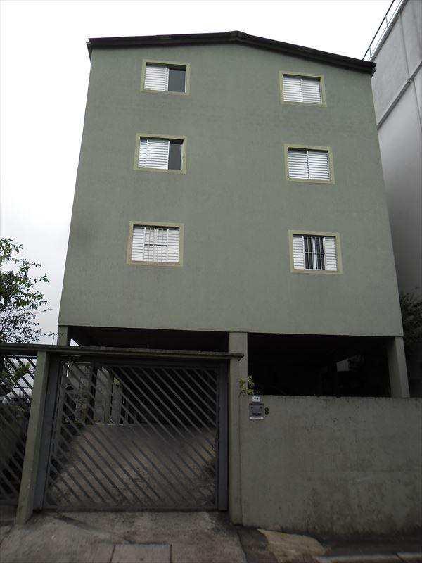 Kitnet em Guarulhos, bairro Macedo