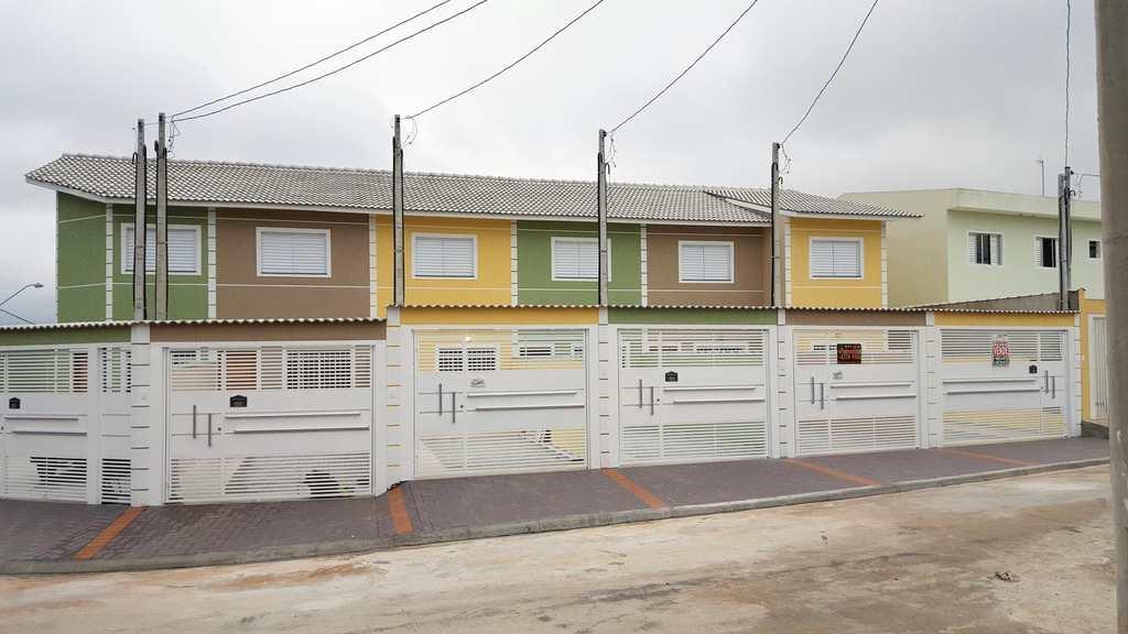Sobrado em Itaquaquecetuba, bairro Residencial Jasmim