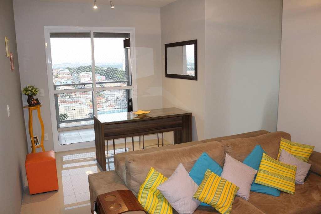 Apartamento em Guarulhos, bairro Vila Barros