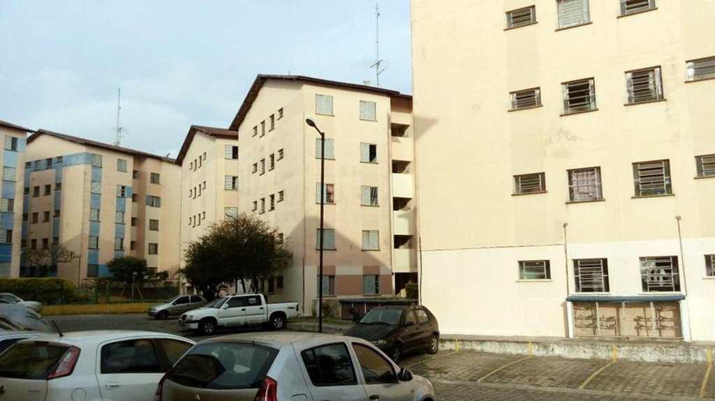 Apartamento em Guarulhos, bairro Parque Jurema