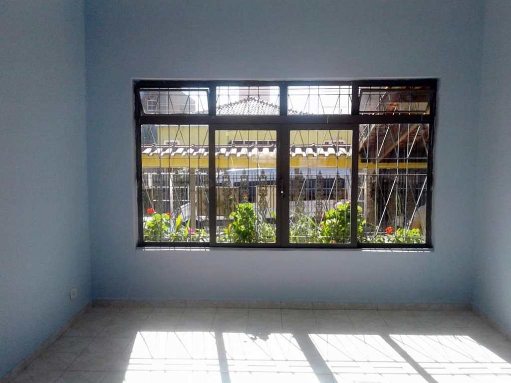 Casa em Guarulhos, bairro Jardim Santa Mena