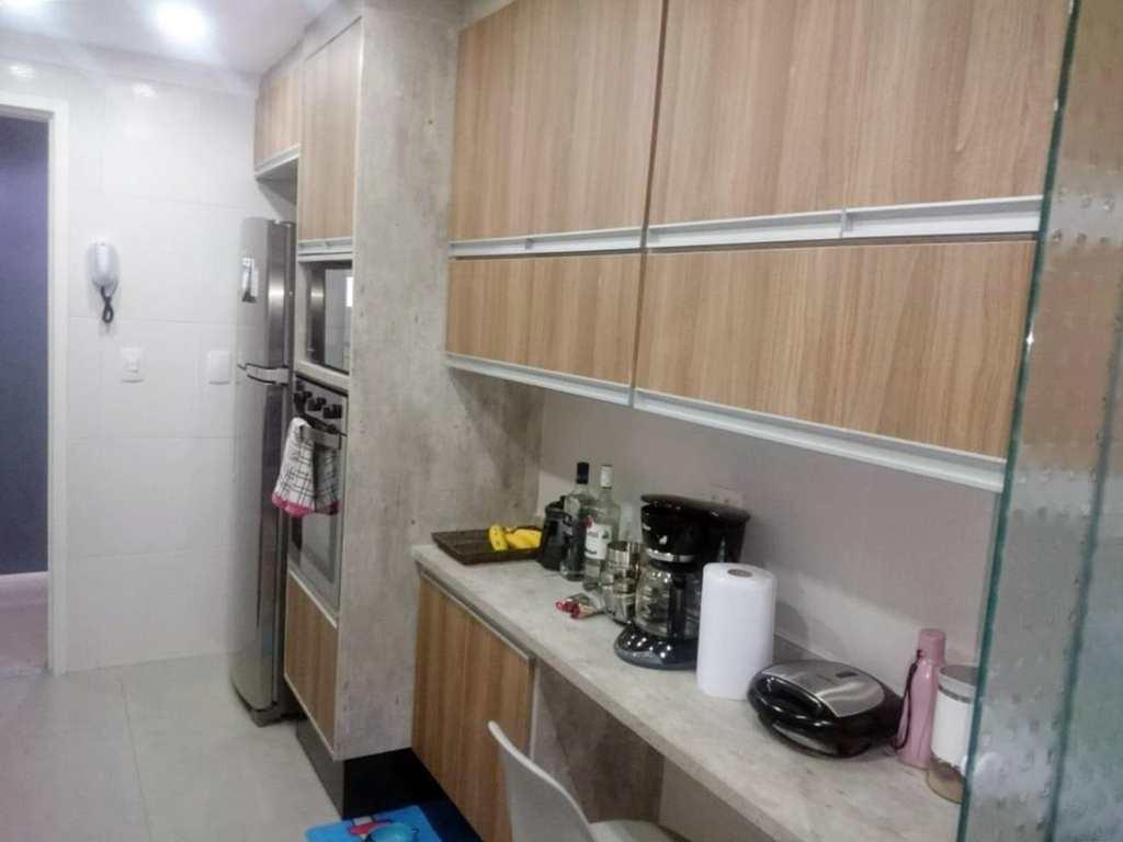 Apartamento em Guarulhos, bairro Jardim Testae