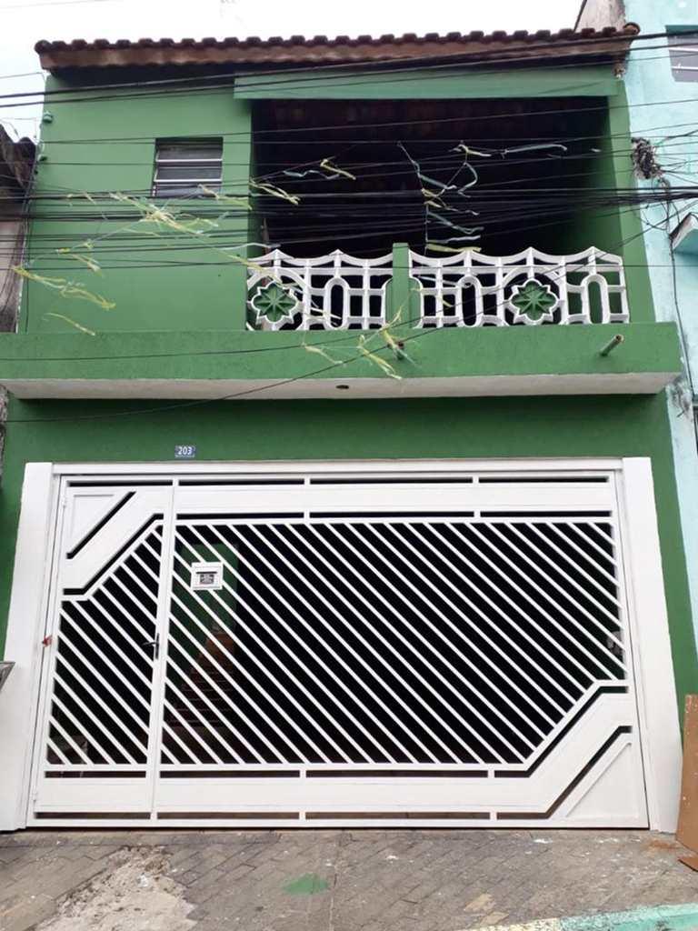 Sobrado em Guarulhos, bairro Cidade Soimco