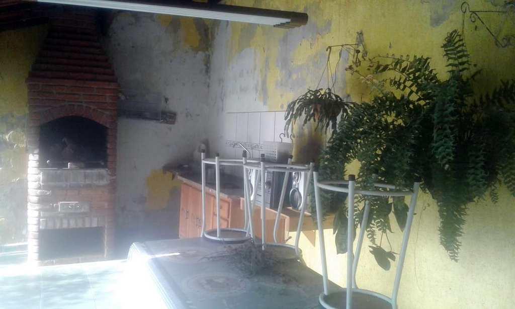 Sobrado em Arujá, bairro Recanto Primavera