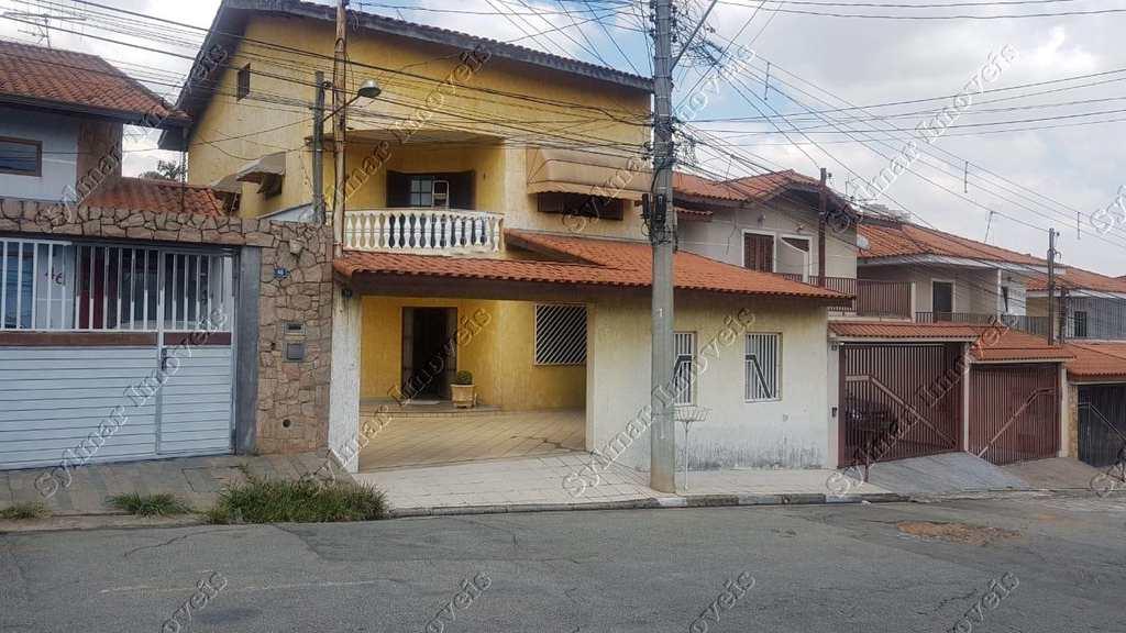 Sobrado em Guarulhos, bairro Jardim Maia