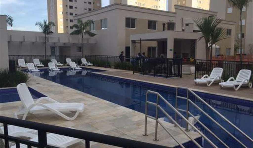 Apartamento em Barueri, bairro Vila São João