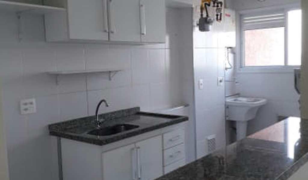 Apartamento em Barueri, bairro Jardim Maria Helena