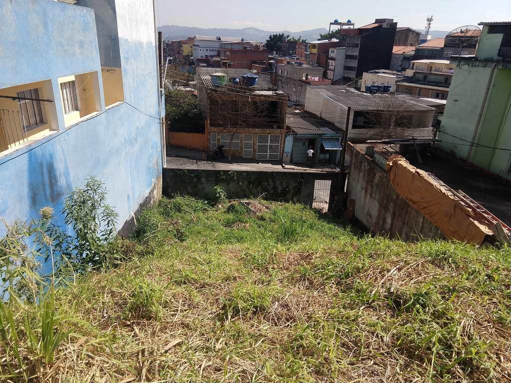 Terreno em Barueri, no bairro Parque dos Camargos