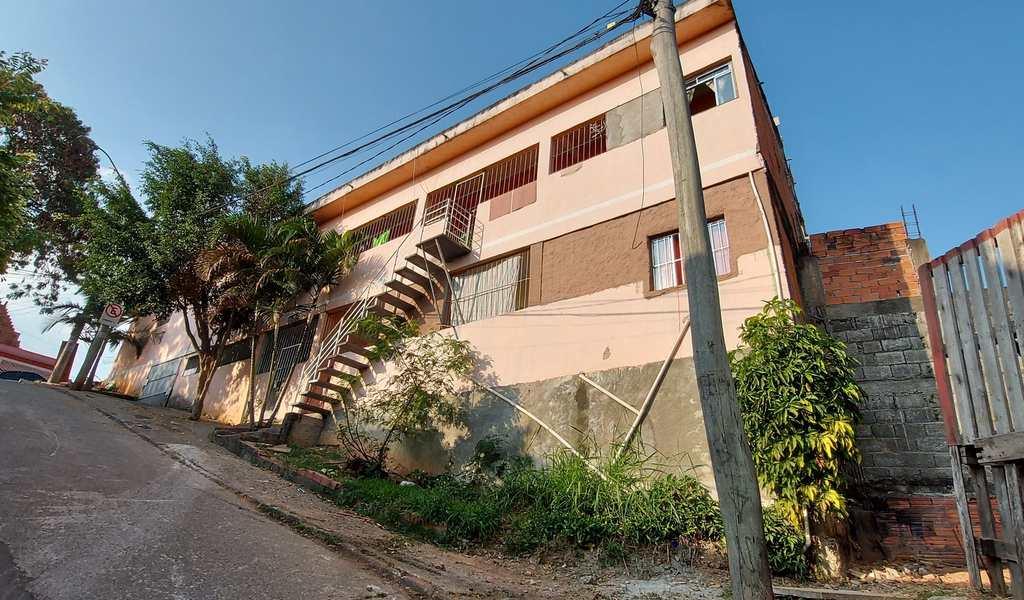 Casa em Barueri, bairro Parque dos Camargos