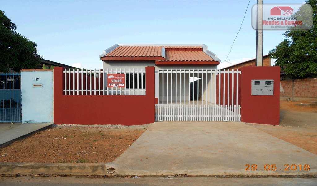 Casa em Ariquemes, bairro Bom Jesus