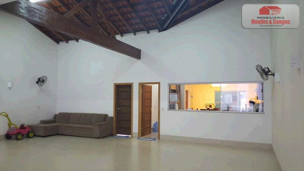 Casa de Condomínio em Ariquemes, no bairro Flores