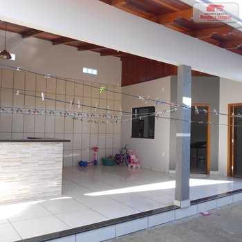 Casa em Ariquemes, bairro Coqueiral