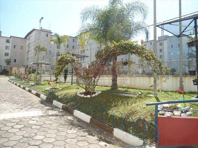 Apartamento em São Paulo, no bairro Cidade Satélite Santa Bárbara