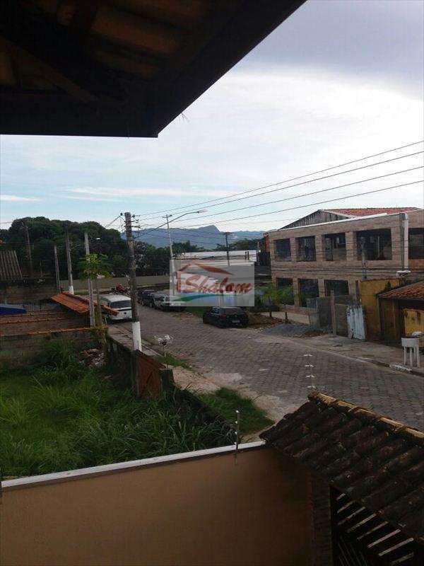 Sobrado em Caraguatatuba, no bairro Jardim Porto Novo