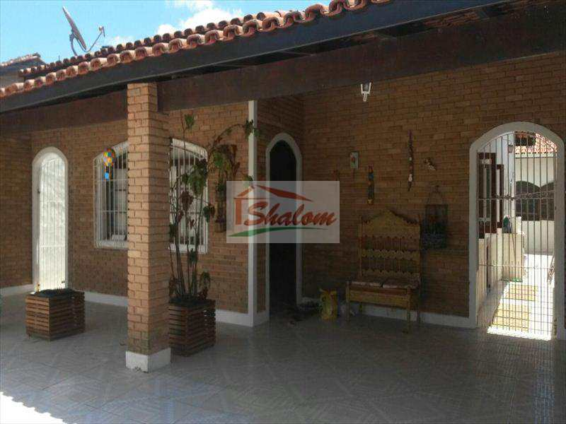 Casa em Caraguatatuba, bairro Jardim Estrela D¿alva