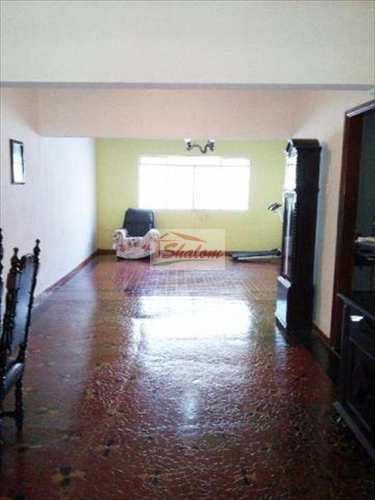 Casa, código 1025 em Caraguatatuba, bairro Centro