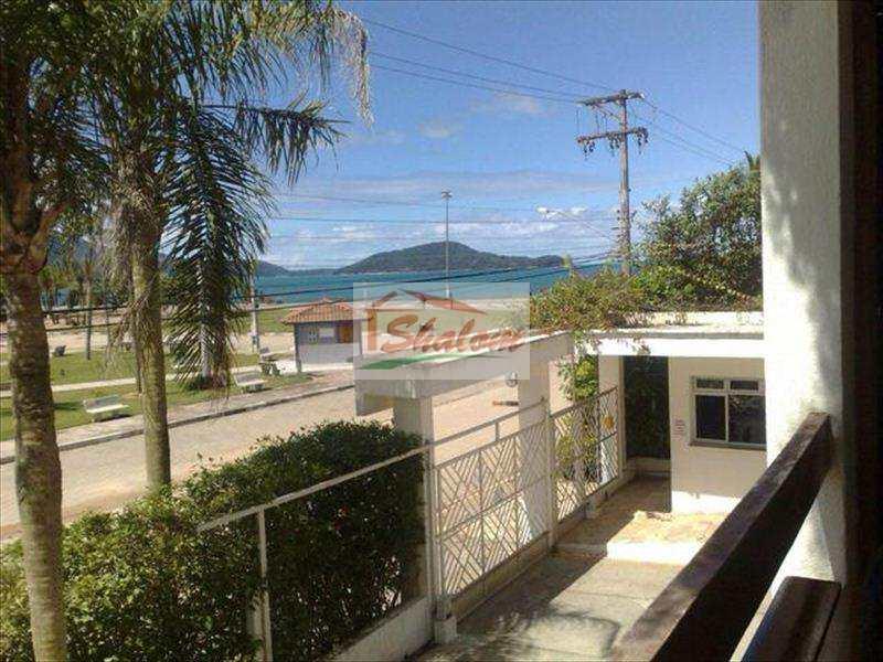 Kitnet em Caraguatatuba, no bairro Massaguaçu