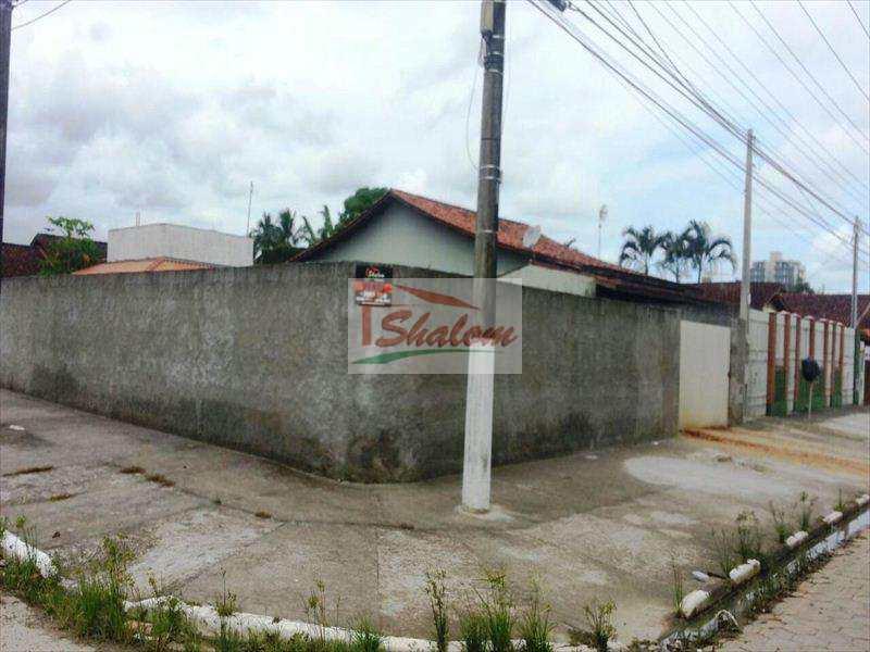 Terreno em Caraguatatuba, no bairro Jardim Aruan