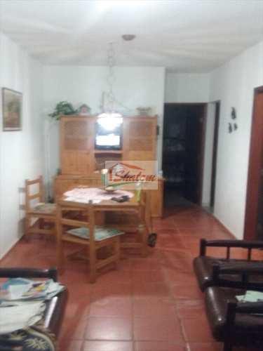 Casa, código 996 em Caraguatatuba, bairro Centro