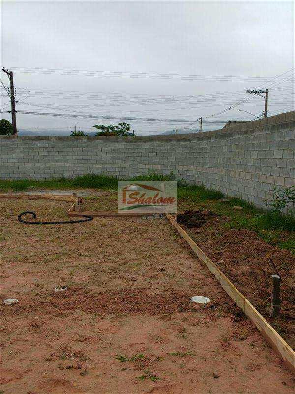 Terreno em Caraguatatuba, no bairro Balneário dos Golfinhos