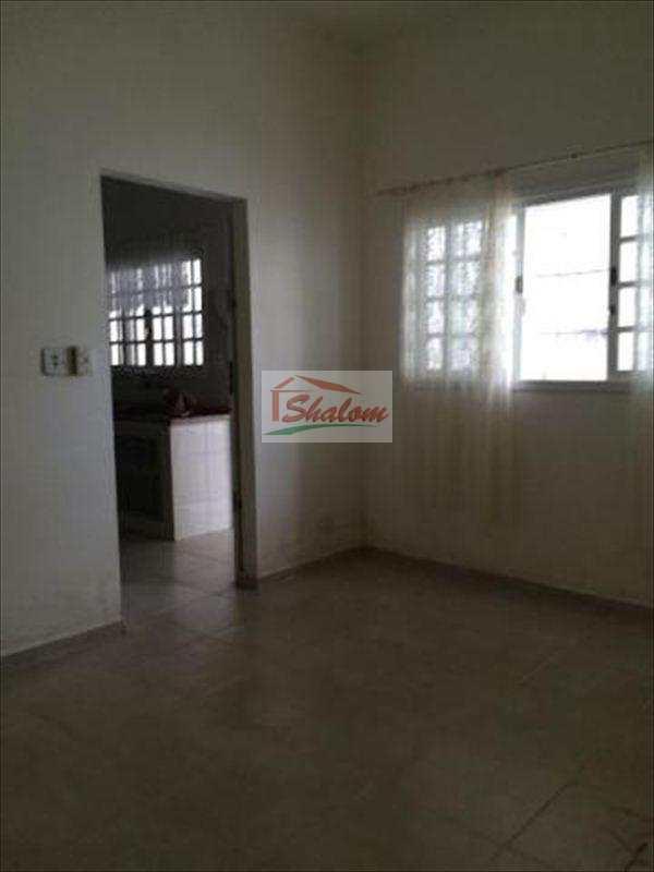 Casa em Caraguatatuba, no bairro Perequê Mirim