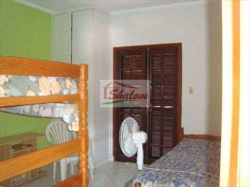 Casa, código 832 em Caraguatatuba, bairro Getuba