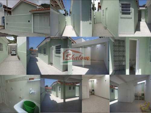 Casa, código 723 em Caraguatatuba, bairro Centro